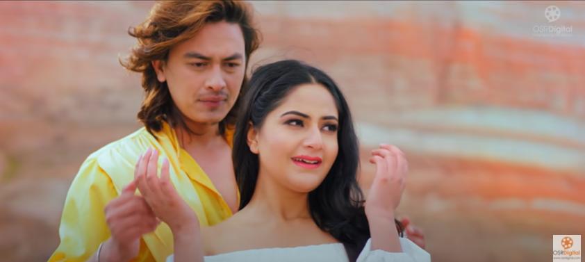 युट्युबमा हेर्नुहोस् पल, नाजिर र वर्षाको फिल्म 'वीर विक्रम २'