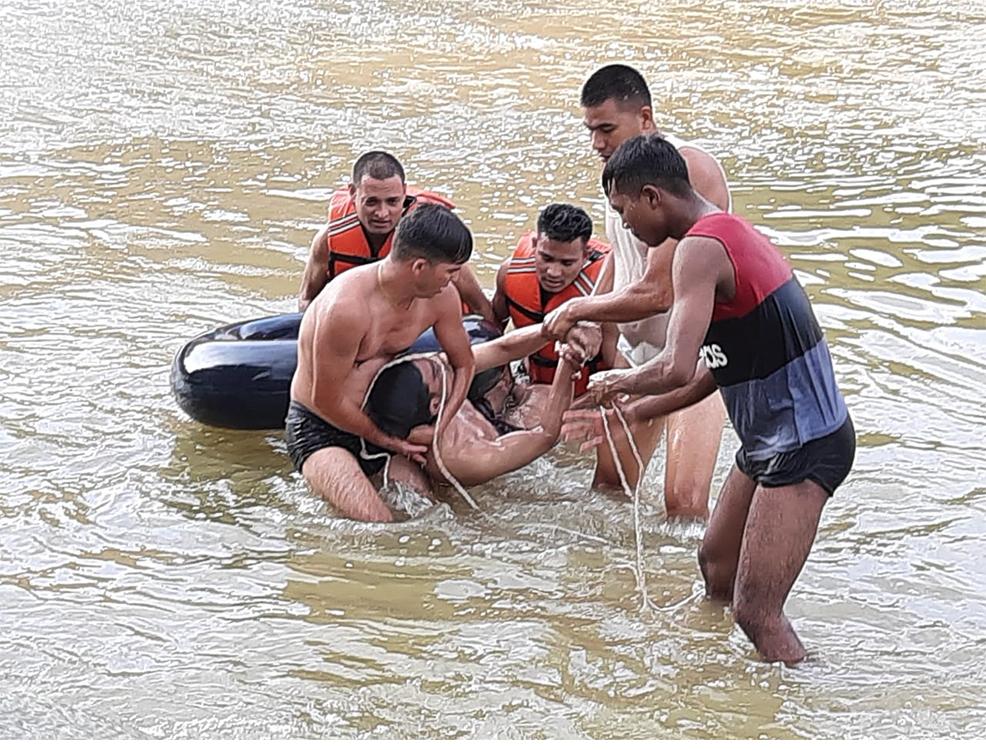 कोहलपुरको बन्दामा पौडी खेल्ने क्रममा डुबेर नेपालगञ्जका तीन युवाको मृत्यु
