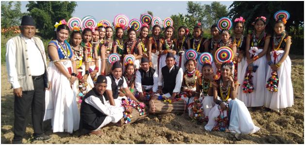थारु समुदायको सख्या नाच गीतको छायांकन सुरु